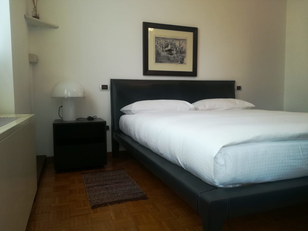 Rana B&B Orbago: letto matrimoniale double room